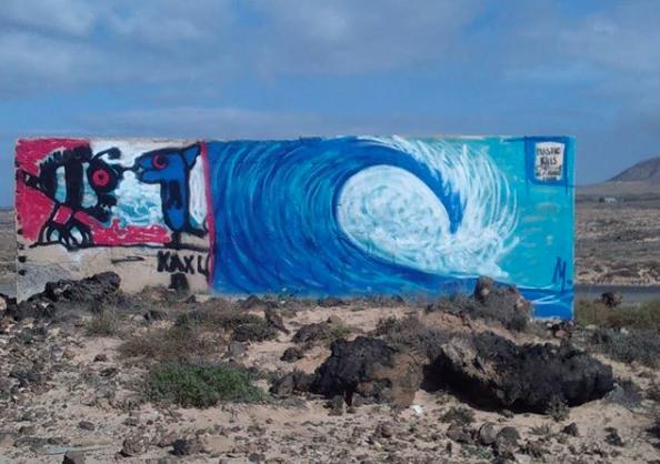 Laurent Mora Artwork Wave in desert